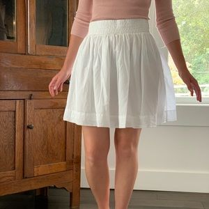 Banana Republic White Gathered Skirt, Size 0P
